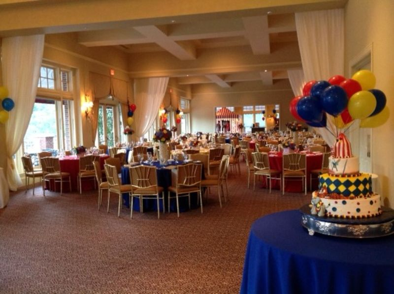 Room set up for child's birthday party, circus theme