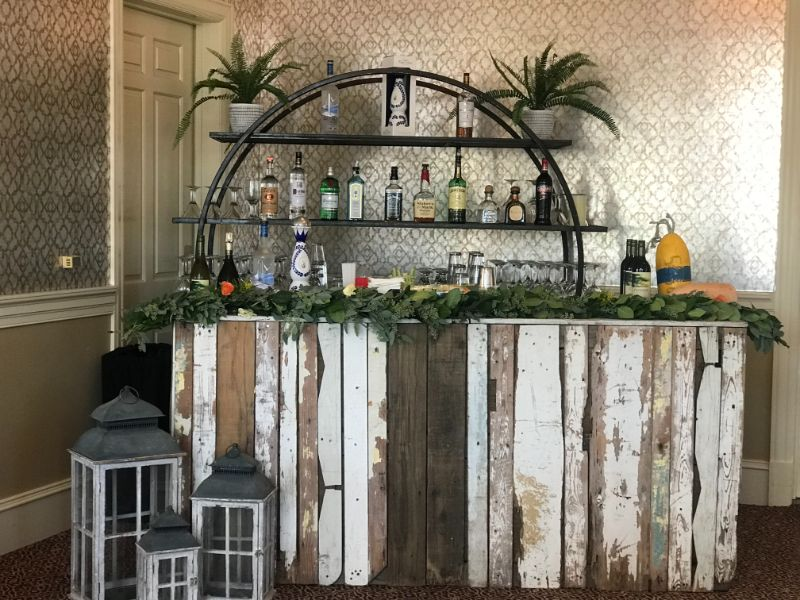 Bar set up, country farm theme